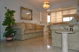 Apartamento En Ventaen Maracaibo, Tierra Negra, Venezuela, VE RAH: 19-16513