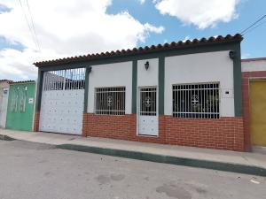 Casa En Ventaen Barquisimeto, Parroquia Juan De Villegas, Venezuela, VE RAH: 19-16520