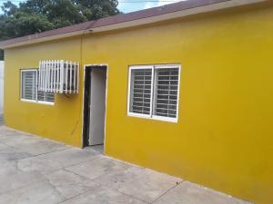 Galpon - Deposito En Alquileren Maracaibo, Amparo, Venezuela, VE RAH: 19-16595