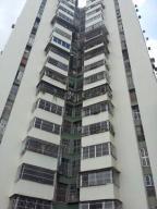 Apartamento En Ventaen Caracas, El Valle, Venezuela, VE RAH: 19-16651