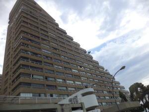 Apartamento En Ventaen Catia La Mar, Playa Grande, Venezuela, VE RAH: 19-16657