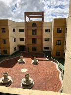Apartamento En Ventaen San Antonio De Los Altos, Las Mesetas, Venezuela, VE RAH: 19-16683
