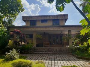 Casa En Ventaen Valencia, Prebo I, Venezuela, VE RAH: 20-5449