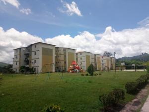 Apartamento En Ventaen Municipio San Diego, Terrazas De Castillito, Venezuela, VE RAH: 19-16909