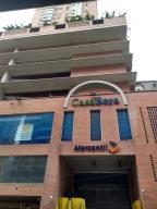Apartamento En Ventaen Caracas, Parroquia La Candelaria, Venezuela, VE RAH: 19-16871
