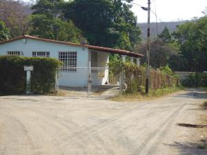 Casa En Alquileren Puerto La Cruz, Cantaclaro, Venezuela, VE RAH: 19-16914
