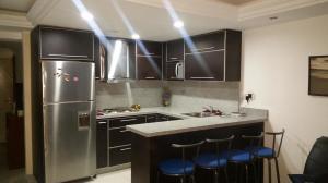 Apartamento En Ventaen La Guaira, Caraballeda, Venezuela, VE RAH: 19-17353