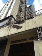 Apartamento En Ventaen Caracas, Parroquia Altagracia, Venezuela, VE RAH: 19-17004