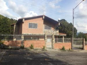 Casa En Ventaen Municipio Naguanagua, Carialinda, Venezuela, VE RAH: 19-16975