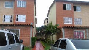 Apartamento En Ventaen Guatire, Alto Grande, Venezuela, VE RAH: 19-16958