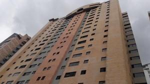 Apartamento En Ventaen Valencia, La Trigaleña, Venezuela, VE RAH: 19-17309