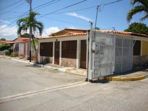 Casa En Ventaen Cabudare, Valle Hondo, Venezuela, VE RAH: 19-17005