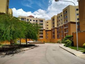 Apartamento En Ventaen Intercomunal Maracay-Turmero, Intercomunal Turmero Maracay, Venezuela, VE RAH: 19-17010