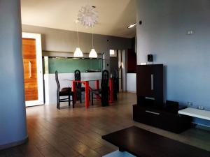 Apartamento En Ventaen Punto Fijo, Las Margaritas, Venezuela, VE RAH: 19-17013