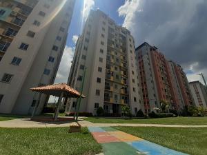 Apartamento En Ventaen Municipio San Diego, Montemayor, Venezuela, VE RAH: 19-17034