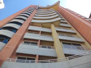 Apartamento En Ventaen Valencia, La Trigaleña, Venezuela, VE RAH: 19-17074