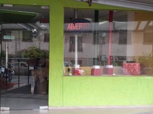 Local Comercial En Alquileren Maracaibo, Calle 72, Venezuela, VE RAH: 19-17072