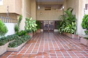 Apartamento En Alquileren Maracaibo, Dr Portillo, Venezuela, VE RAH: 19-17177