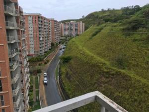 Apartamento En Ventaen Caracas, El Encantado, Venezuela, VE RAH: 19-17199