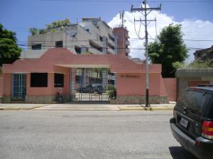 Apartamento En Ventaen Higuerote, Agua Sal, Venezuela, VE RAH: 19-17226