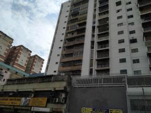 Apartamento En Ventaen Caracas, Parroquia La Candelaria, Venezuela, VE RAH: 19-17236
