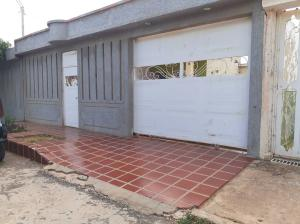 Casa En Ventaen Municipio San Francisco, El Soler, Venezuela, VE RAH: 19-17155