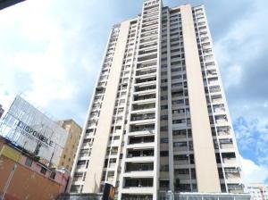 Apartamento En Ventaen Caracas, Parroquia La Candelaria, Venezuela, VE RAH: 19-17271