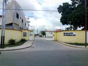 Apartamento En Ventaen Municipio Linares Alcantara, La Morita Ii, Venezuela, VE RAH: 19-17299