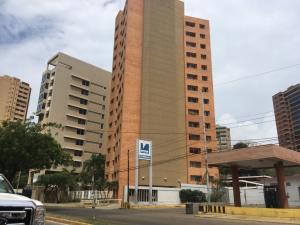 Apartamento En Alquileren Maracaibo, El Milagro, Venezuela, VE RAH: 19-17315