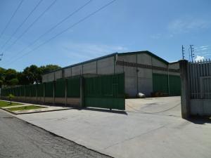 Galpon - Deposito En Alquileren Valencia, Zona Industrial, Venezuela, VE RAH: 19-17326