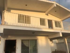 Casa En Ventaen Punto Fijo, Santa Irene, Venezuela, VE RAH: 19-17357