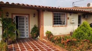 Casa En Ventaen Cabudare, Parroquia José Gregorio, Venezuela, VE RAH: 19-17364