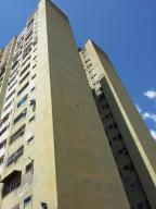Apartamento En Ventaen Los Teques, Los Teques, Venezuela, VE RAH: 19-17374