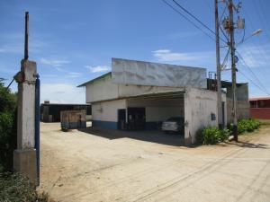 Local Comercial En Alquileren Margarita, Pampatar, Venezuela, VE RAH: 19-17388