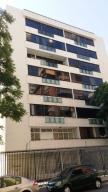 Apartamento En Ventaen Caracas, Los Palos Grandes, Venezuela, VE RAH: 19-17443