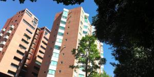 Apartamento En Ventaen Caracas, El Rosal, Venezuela, VE RAH: 19-17477