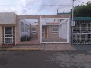 Casa En Ventaen Maracaibo, Santa Fe, Venezuela, VE RAH: 19-16874