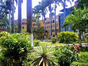 Apartamento En Ventaen Cabudare, Almarriera, Venezuela, VE RAH: 19-17610