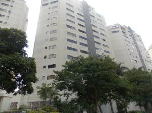 Apartamento En Alquileren Caracas, Alto Prado, Venezuela, VE RAH: 19-17804