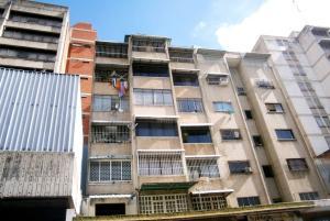 Apartamento En Ventaen Caracas, Parroquia La Candelaria, Venezuela, VE RAH: 19-17603