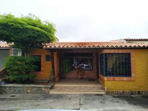Casa En Ventaen Cabudare, Parroquia José Gregorio, Venezuela, VE RAH: 19-16262