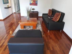 Apartamento En Ventaen Caracas, Colinas De Bello Monte, Venezuela, VE RAH: 19-18293