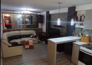 Apartamento En Alquileren Caracas, Valle Abajo, Venezuela, VE RAH: 19-18660