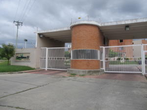 Apartamento En Ventaen Guatire, Canaima Tres, Venezuela, VE RAH: 19-18329