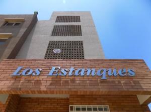 Apartamento En Ventaen Maracaibo, Circunvalacion Dos, Venezuela, VE RAH: 19-17719