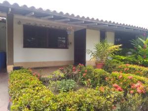 Casa En Ventaen Cabudare, Parroquia José Gregorio, Venezuela, VE RAH: 19-17724