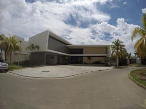 Casa En Ventaen Lecheria, Las Villas, Venezuela, VE RAH: 19-17770
