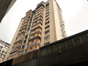 Apartamento En Ventaen Caracas, Parroquia La Candelaria, Venezuela, VE RAH: 19-17776