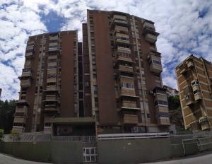 Apartamento En Ventaen Caracas, Colinas De Santa Monica, Venezuela, VE RAH: 19-17785
