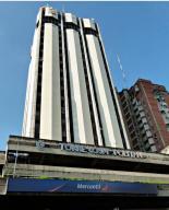 Local Comercial En Ventaen Maracay, Avenida 19 De Abril, Venezuela, VE RAH: 19-17859